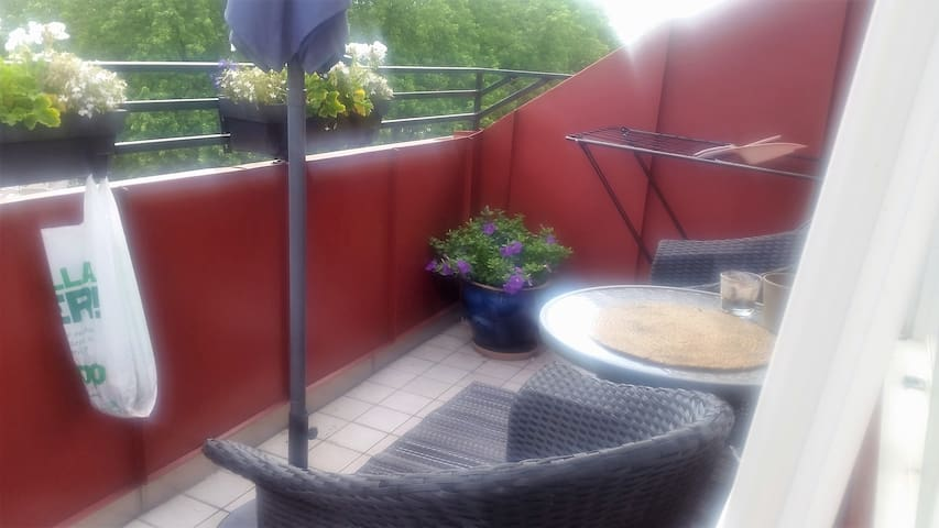 Nice two-room apartment-large balcony. - Helsingborg - Loft