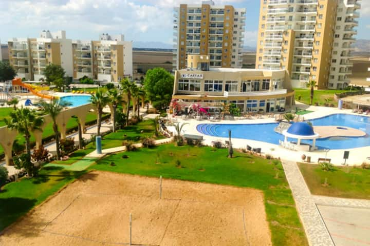 Beautiful 2 Bedroom Seaview Apartment.