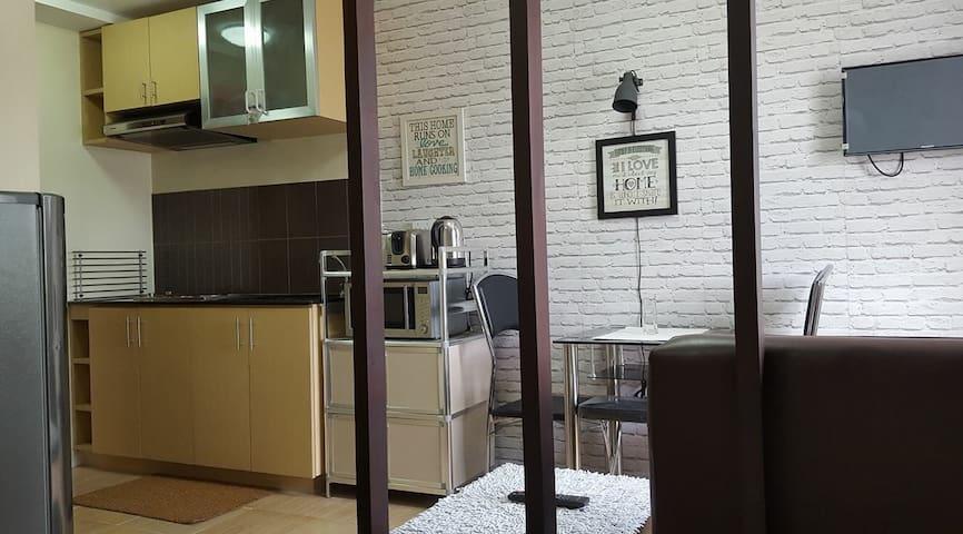 1br condo in Wharton Condo nr SLU Bakakeng - Baguio - Condomínio