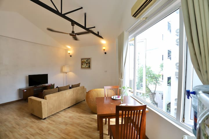 Cozy, bright apartment/1Bed/Near Lotte