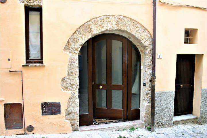 Casa di Lorri - Casa del '600 nel cuore del borgo