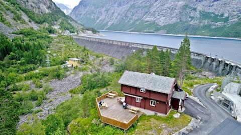 Villatrolltunga, Møyfallen. Great location