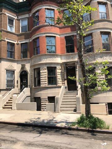 Beautiful Historic Harlem Townhouse