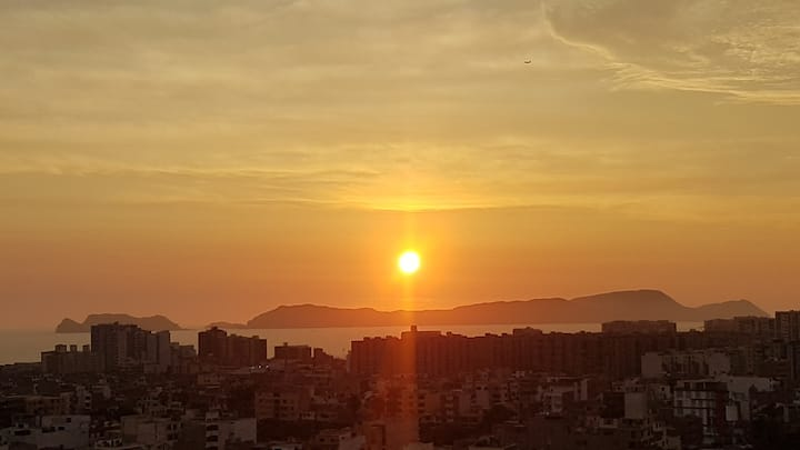 Habitación con balcón y vista al mar+city 😎🤩🌅🌇