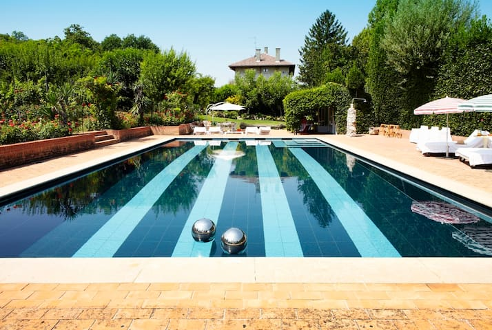 Villa Quadrata, with Pool into Veneto Hills* - Rovolon (PD) - Villa