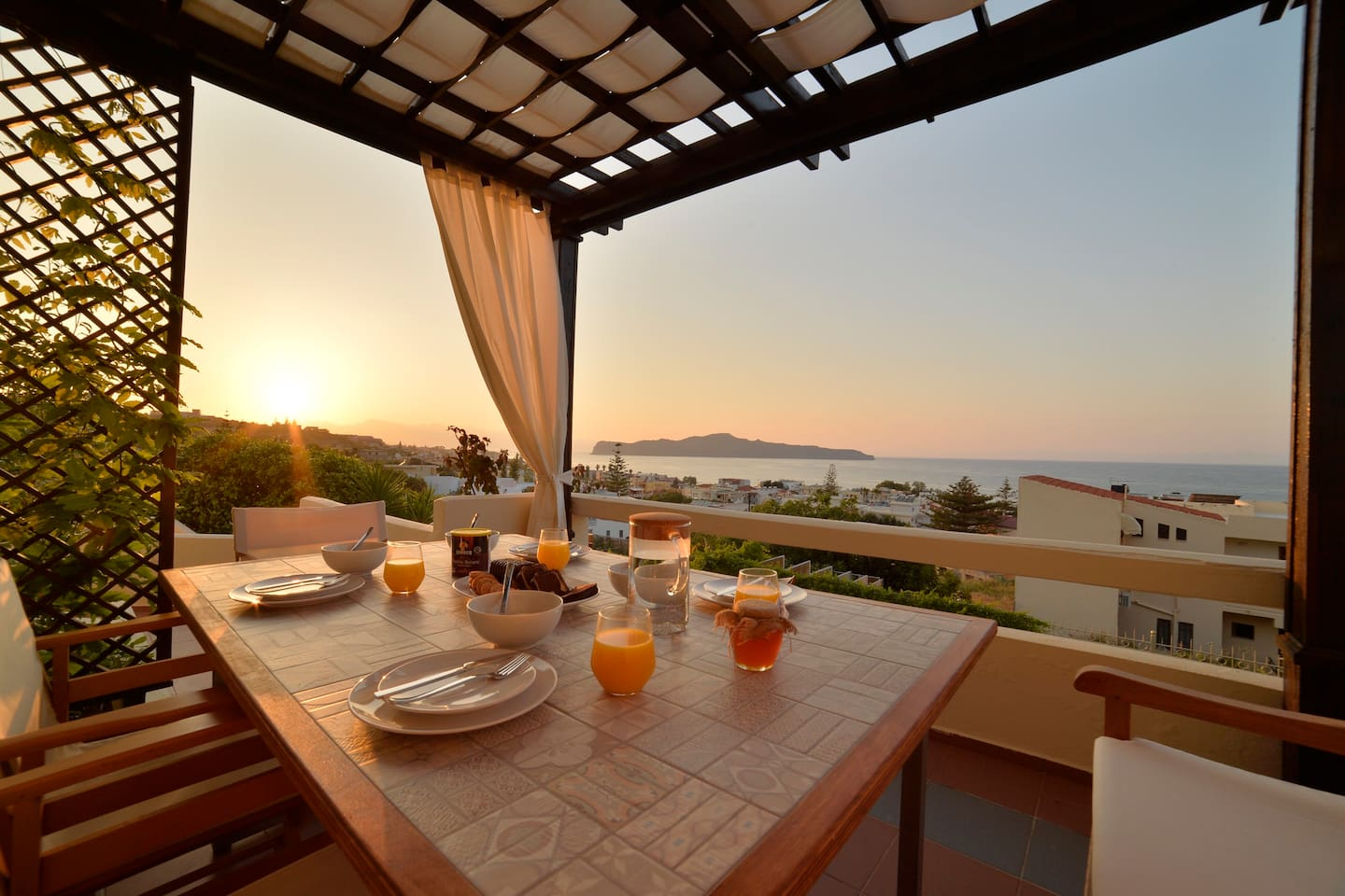 SeaView Garden Villa - Villas for Rent in Chania, Greece