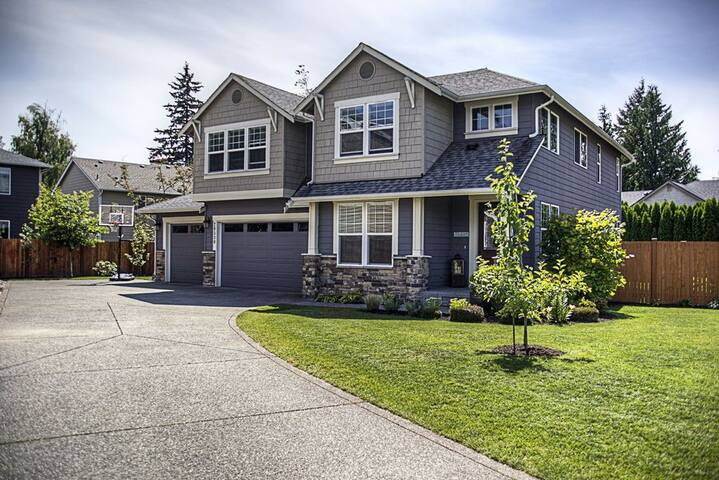 Large Family House in Seattle Suburbs - Lynnwood - บ้าน