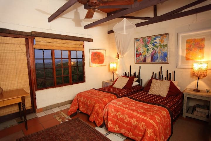 Pumelani Bed & Breakfast - White River - Huis