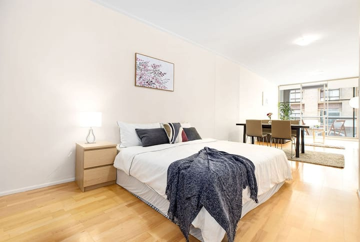 NEW! A Cozy & Stylish Studio Next To Darling Harbour