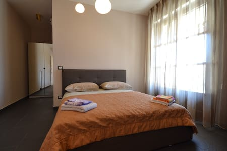 Chicco Apartment Small Business