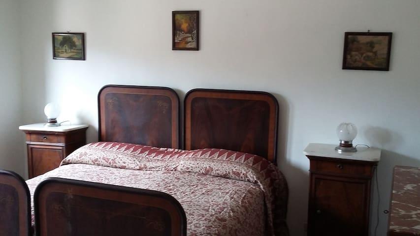 VILLA CON VIALE E PARCO - Rossiglione - House