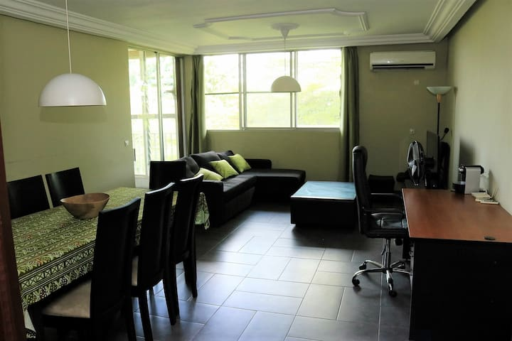 Appartement moderne et spacieux Cocody Mermoz