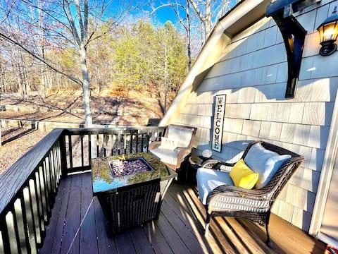 Private Mountain Escape, Entire Cottage, 15 acres