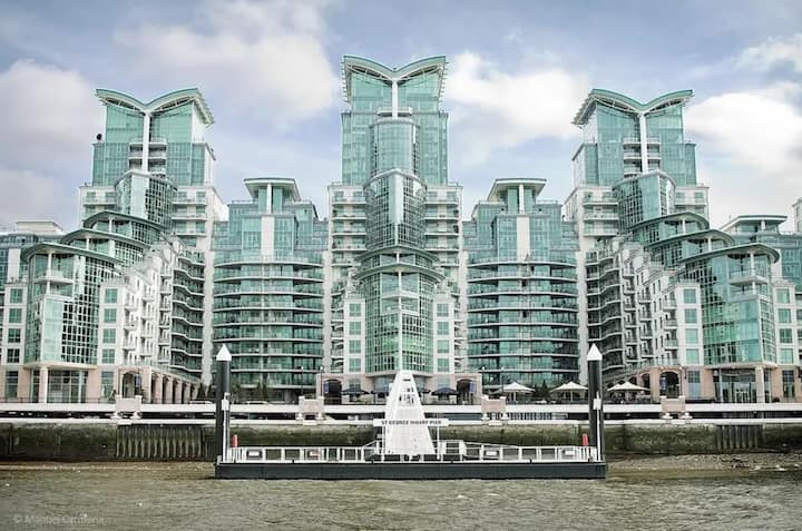 Apartment - Private balcony with River Thames view