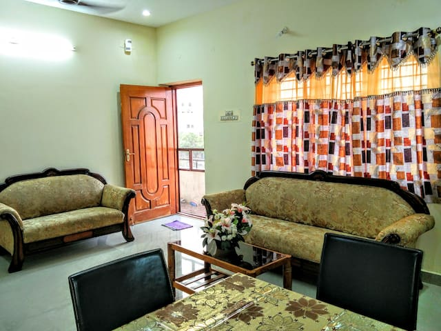 Fully furnished 2 BHK in Chennai - Chennai - Casa