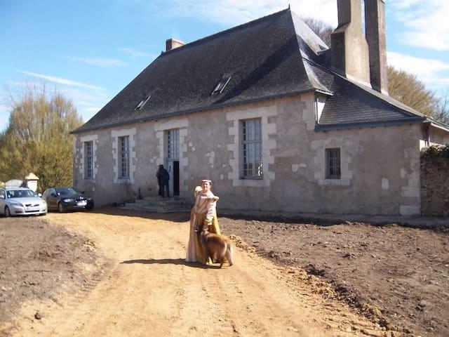 Presbytère - Saint-Pierre-du-Lorouër - Lainnya