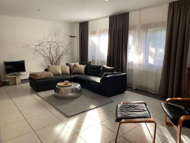 Schönes Apartment in ruhiger Lage mit Kaminofen