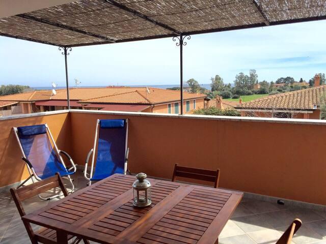 Casa con terrazza vista mare - Bari sardo - Apartment