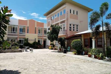 M.P GAGARIN APARTELLE  (Budget Transient House)