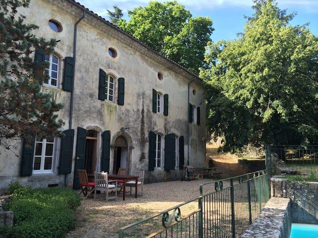 Moulin à eau cévenol XVIIIIème, Gard