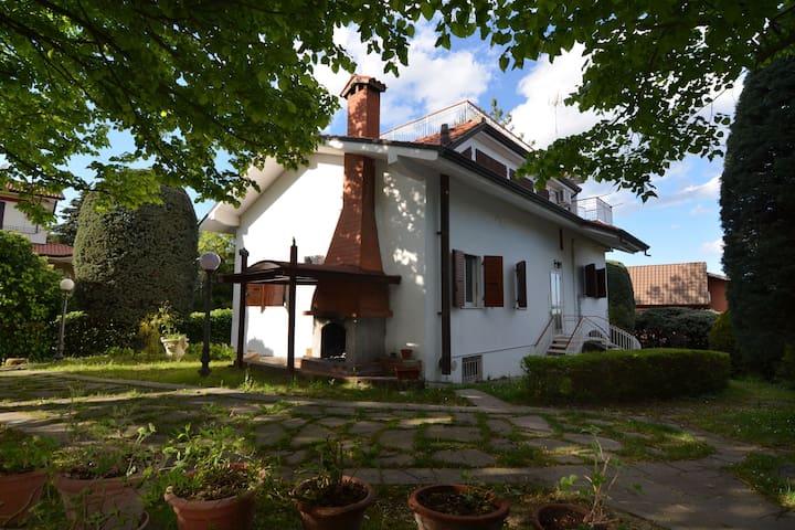 Boutique-Villa in Montescudo mit Pool