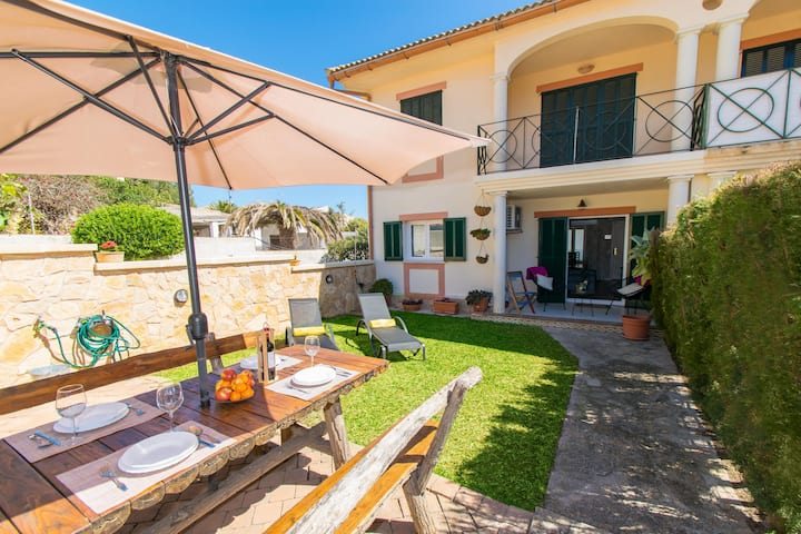 House LA PERGOLA for 4 people in Font de Sa Cala