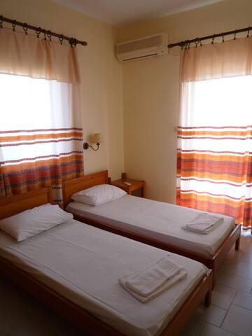 Studio for 2 in Kokkini Hani - Kokkini Hani - Appartement