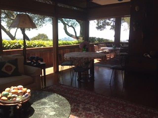 Beautiful private Berkeley hillside retreat