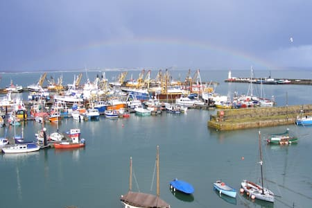 Double Room pvt facilities beside Newlyn harbour - Newlyn