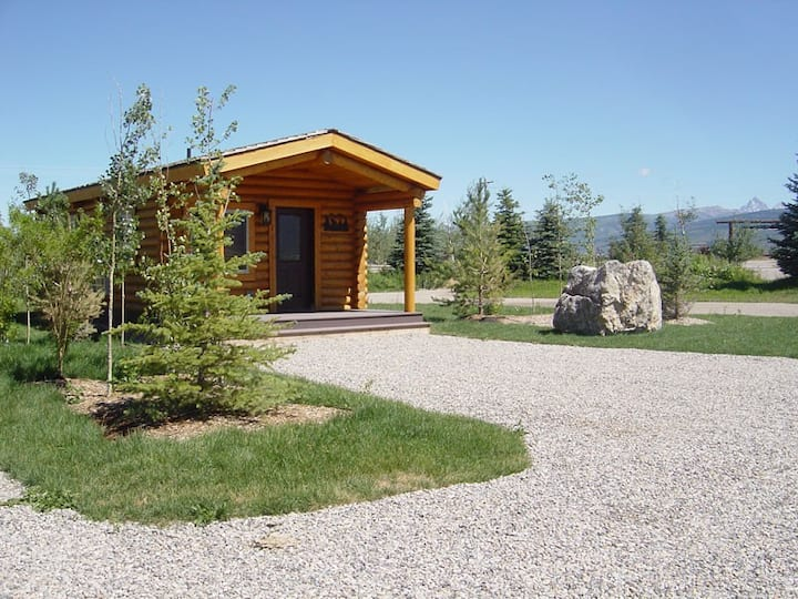 Teton Mountain Ranch Country Cabin 2