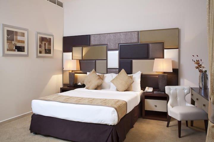 Luxury Studio close to Dubai Frame Burj Khalifa