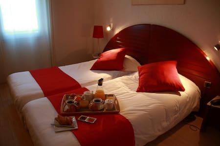 chambre proche aéroport - Lagarrigue - Flat