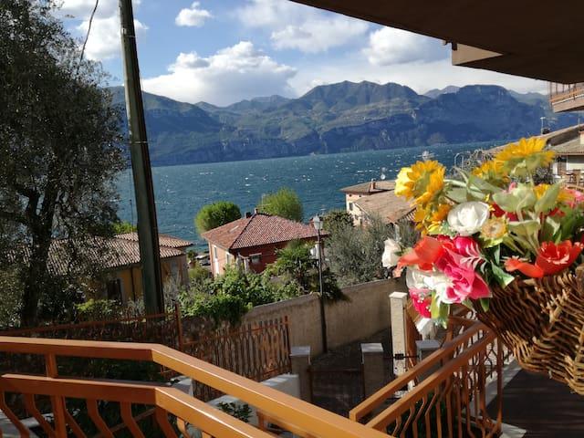 """""""CASA CONSOLATI 2"""" Lago di Garda - Brenzone sul Garda - Lägenhet"""