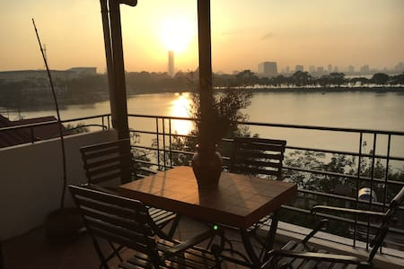 Top floor duplex loft with fantastic lake view - Trúc Bạch