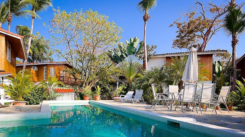 Villa Fornells on Galeon Beach has a pool (5)