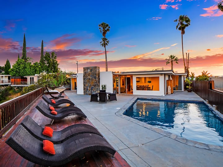MULHOLLAND HILLS RETREAT W/BEST VIEWS IN LA