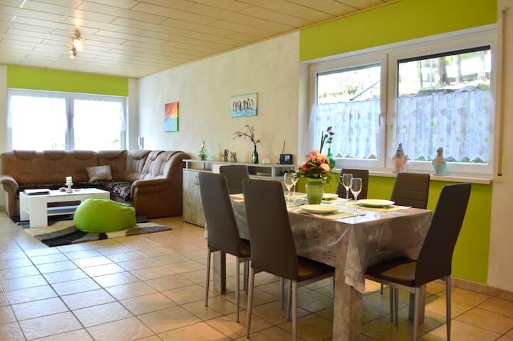 Großzügiges, neues Ferienhaus im Odenwald