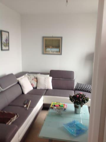 Saint Aubin sur mer :appartement face à la mer