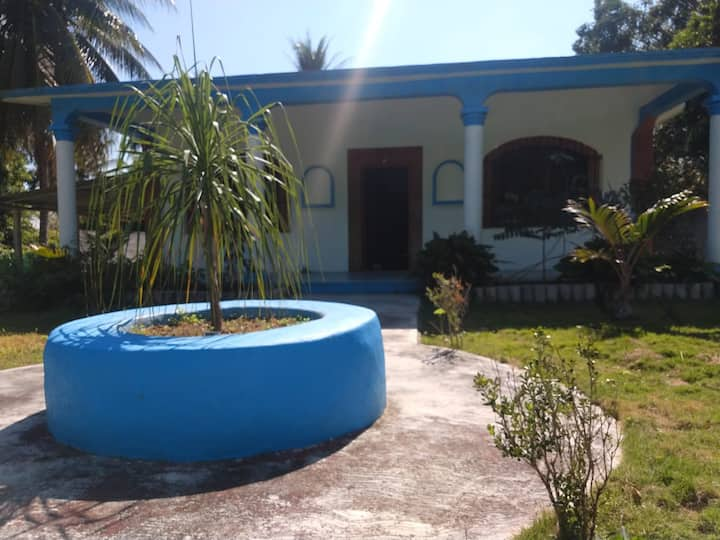 Awak Blue House Laguna Xulha