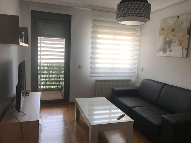 Apartamento en madrid situado cerca de metro y autobús