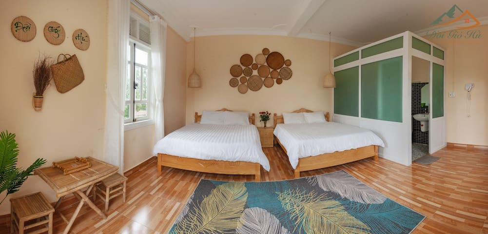 Full Hill window View  With Full facilities : 2 Couple beds 1m6 and 1m8, TV, sofa, tea table, hair dryer, kettle, kitchen, private toilet. ---Villa DoiGioHu  ----