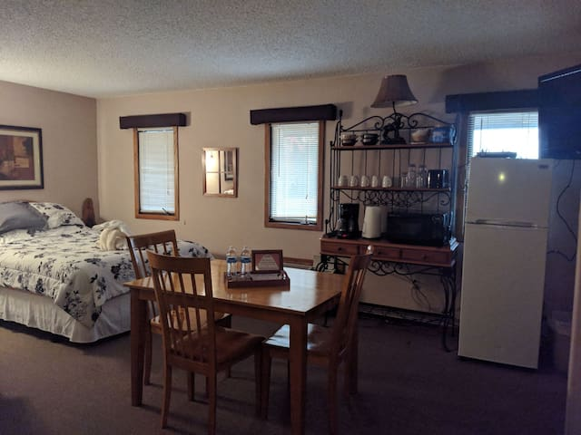 Room Up to 6 Schuss Mtn Close to Shorts Bellaire