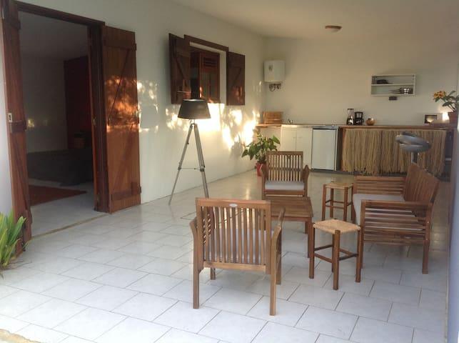 KUBULI charming studio - Baie Mahault - Rumah