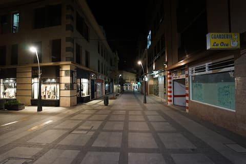 HABITACION INDIVIDUAL EN EL CENTRO DE ALMERIA