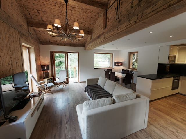 Chalet with glacier and river views in quiet area - Chamonix-Mont-Blanc - Chalet