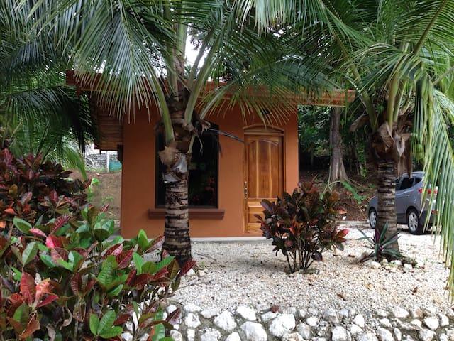 Kleines Häuschen/ Nähe Samara - Cuesta Grande  - Dom