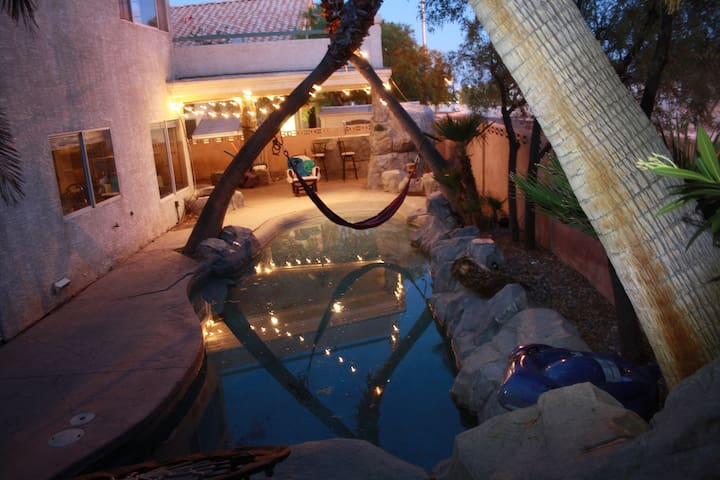 Yoga Oasis, pvt. room Waterfall, Hammock ovr pool