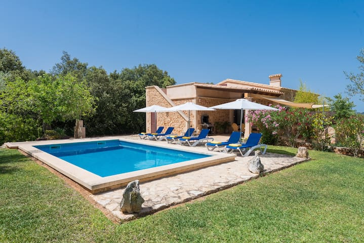 S'ALZINA - Villa for 6 people in Felanitx.