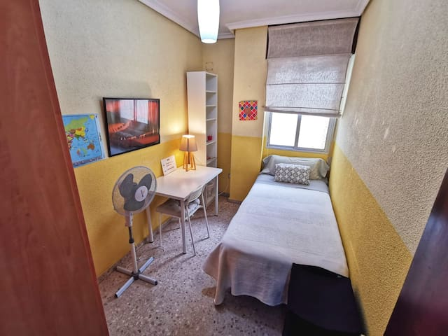 Single room Old city- Santa Justa