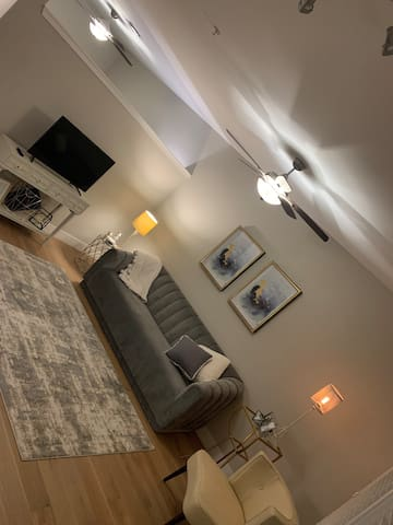 Luxury apt in the heart of Old Town Scottsdale